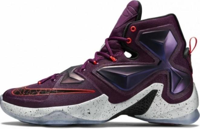 Выбираем кроссовки Nike Lebron