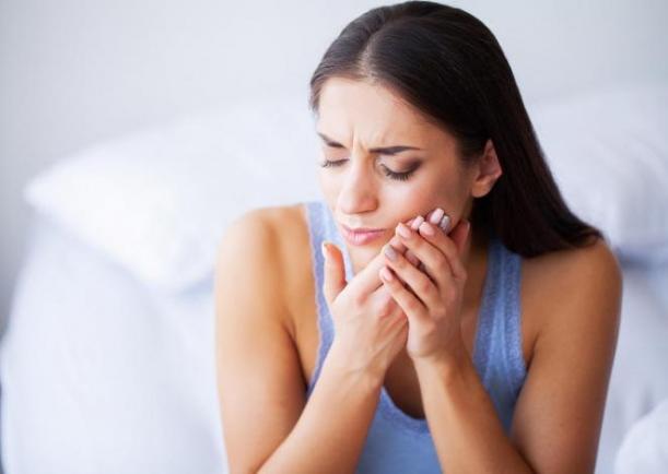 Що робити коли болить нерв зуба?